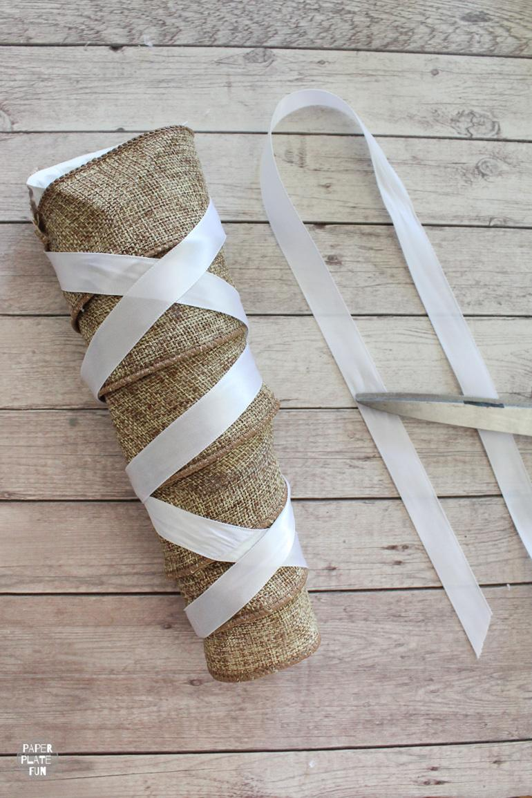 Creating a bridal bow bouquet handle with paper plates is easy!