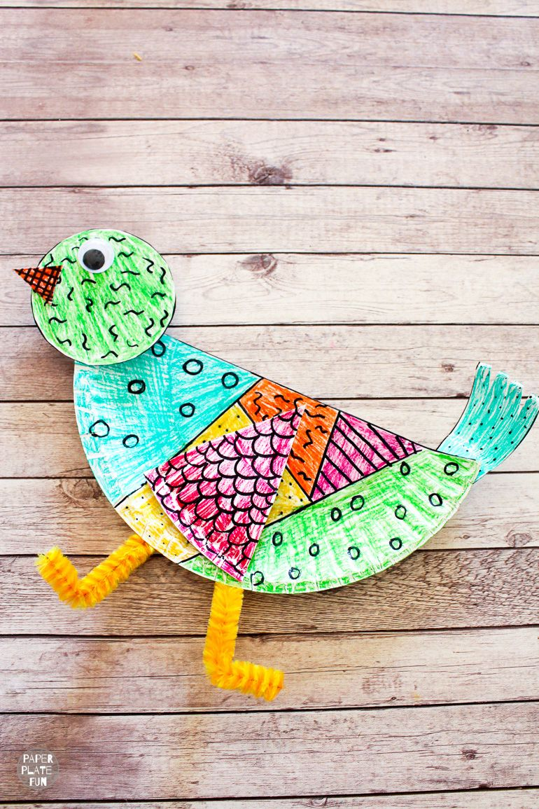 Make a paper plate bird craft! This paper plate animal project comes with a free template to make creating it even easier!