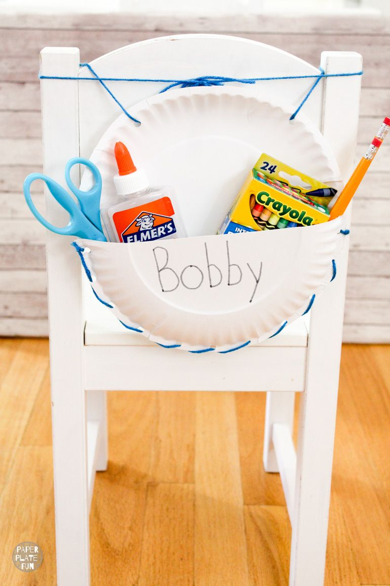 Get your classroom organized with these cheap and easy to make DIY seat sack chair organizers! Use paper plates to make these chair pouches and keep your room tidy.