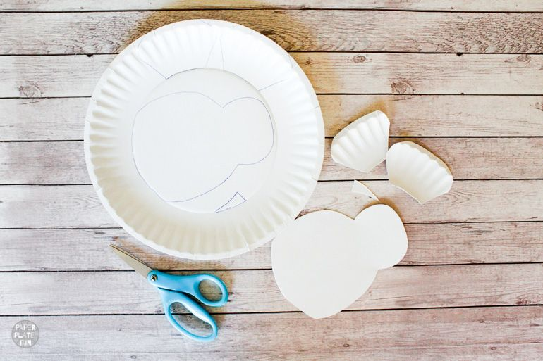 Use a paper plate to create a cute bee craft for kids.