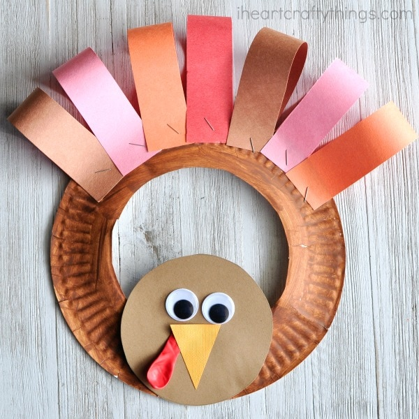 This paper plate turkey from I Heart Crafty Things is one of fifteen fall paper plate crafts for kids shared in this great blog post!
